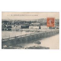 CPA - (33) - Le pont et vue générale sur la bastide Bordeaux
